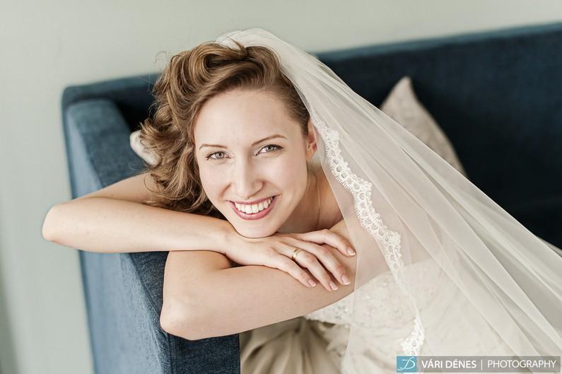 Menyasszonyi ruha próba – keressünk ruhát!