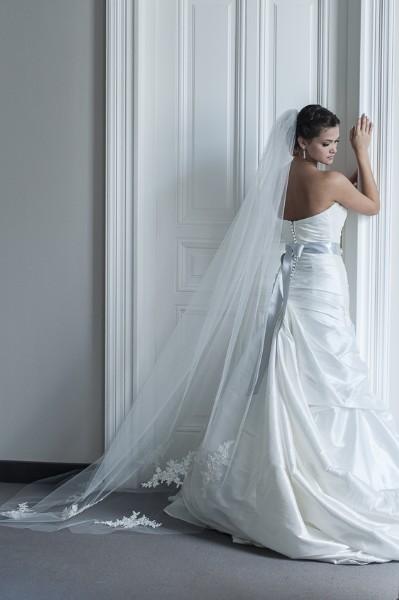 Eszter - csipkés fátyol • Bridal Mirage - egyedi esküvői kiegészítők f50eeb0896