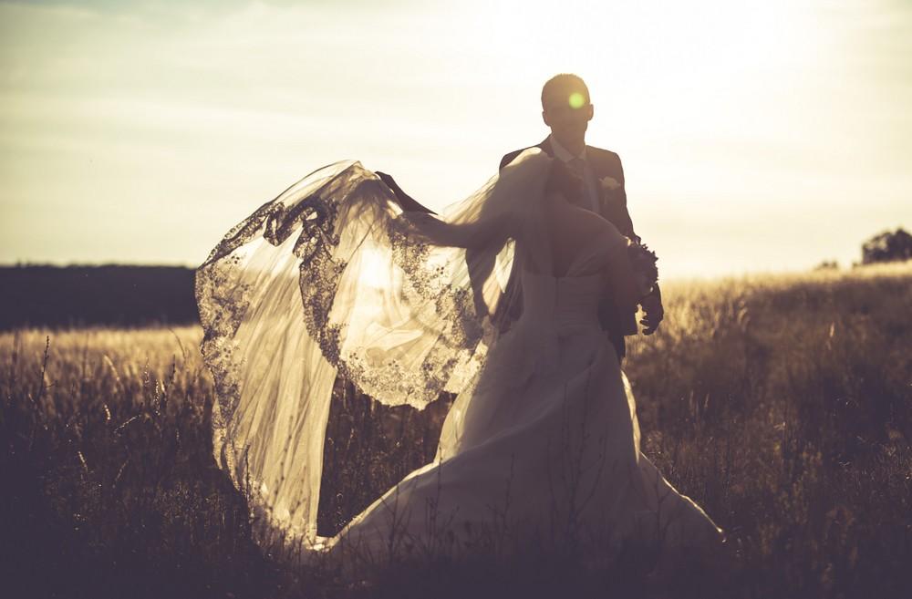 Menyasszonyi fátyol készítés Wera Wang menyasszonyi ruha G2FOTO (5)