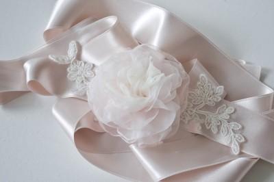 viragos-menyasszonyi-ov-flora-3