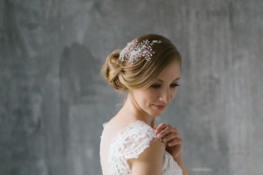 a9d167b8b5 NOÉMI - menyasszonyi fejdísz • Bridal Mirage - egyedi esküvői ...