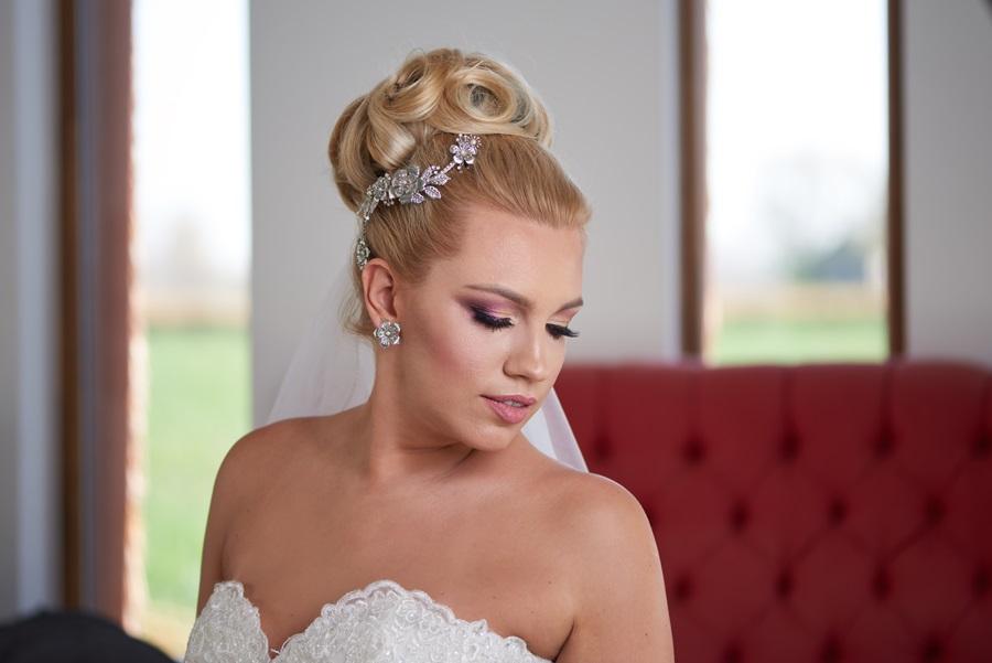 LARA – esküvői kontydísz