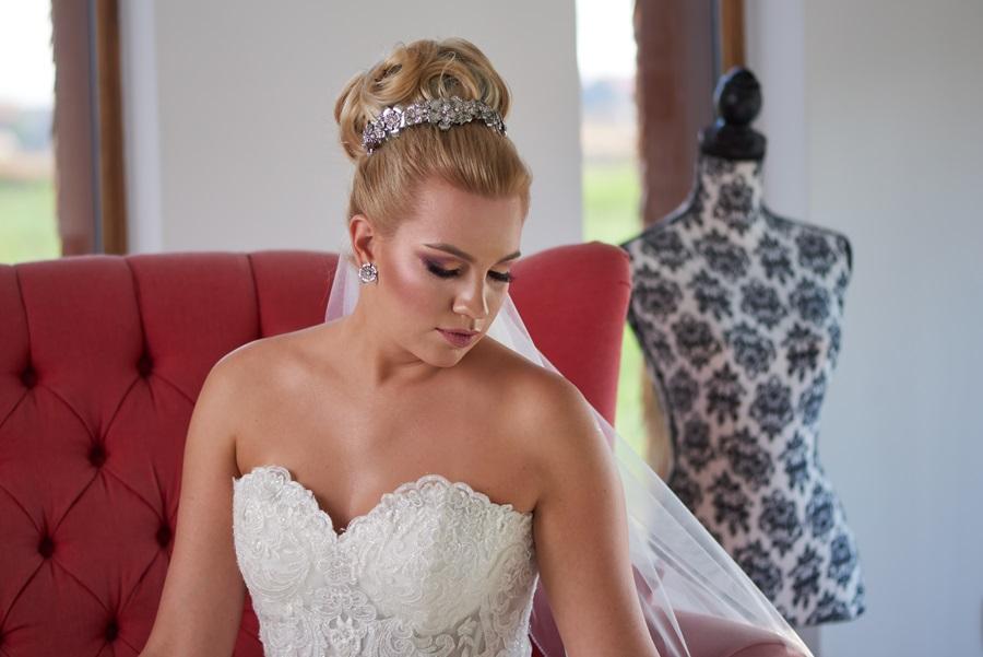 LARA – esküvői fejdísz